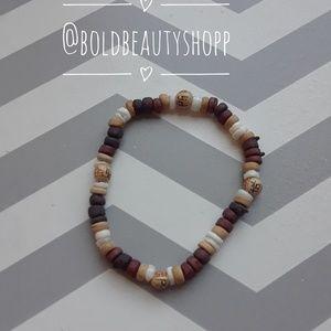 Jewelry - Wood & Shell beaded bracelet